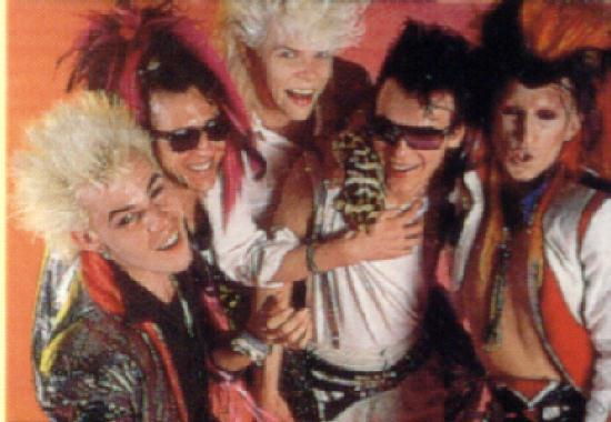 Sigue Sigue Sputnik Flaunt It